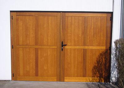 Porte de garage ouvrante, bois Exotique