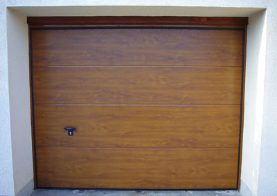 Porte de garage sectionnelle, imitation bois